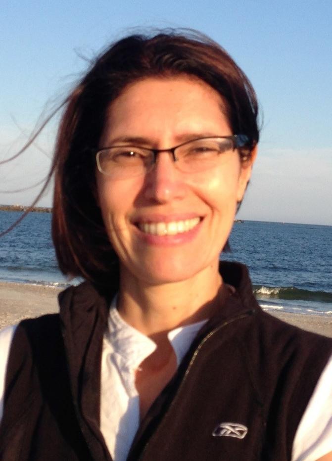 Headshot of Silvia Ramos